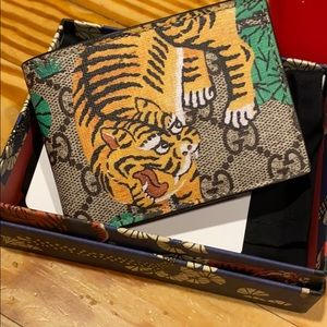 Authentic Gucci GG Supreme Bengal Wallet